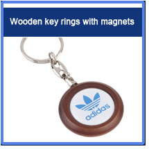 Wooden key rings with magnets
